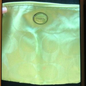 AUTHENTIC COACH LIME GREEN ZIP TOP COSMETIC BAG